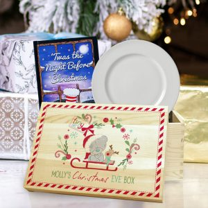 me to you personalised Christmas eve box